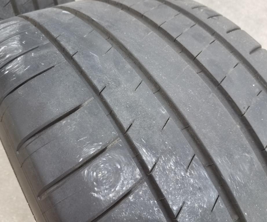 R Tire 2.jpg