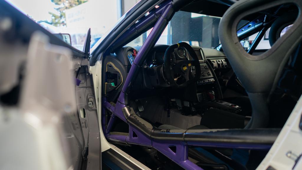 gtr - interior driver side cage.jpg
