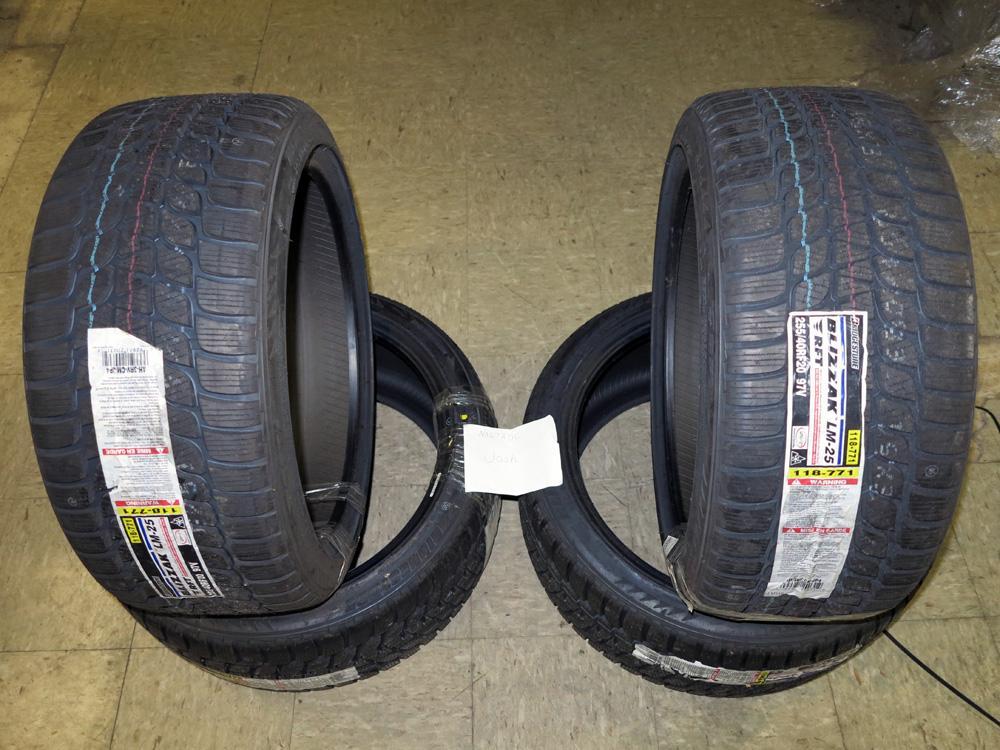 sold  bridgestone blizzak winter tires - wheels and tires